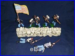 Britains Swoppet, ACW Union Infantry, + stone wall. 8 pieces #A3