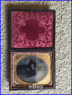Civil War Union Soldier With Colt Revolver Tintype Photo In American Flag Case