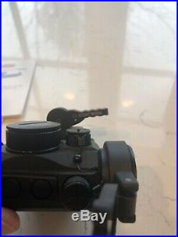 Leatherwood/HI-LUX Micro-Max B-Dot Red Dot Sight withflip up lens covers